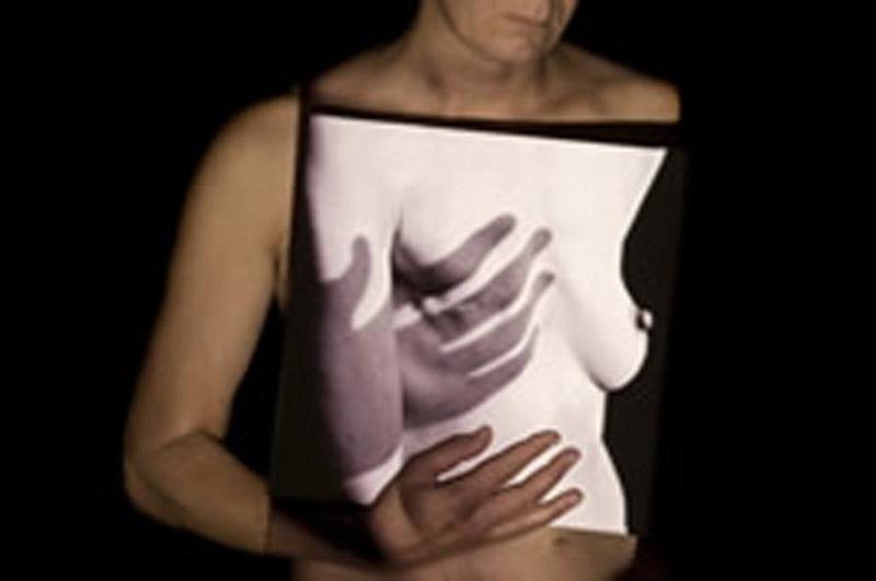 Vous visionnez les images des références : Mes Deux Seins, Journal d'une guérison