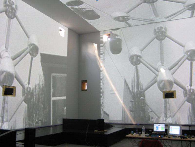 Vous visionnez les images des références : Expo 58